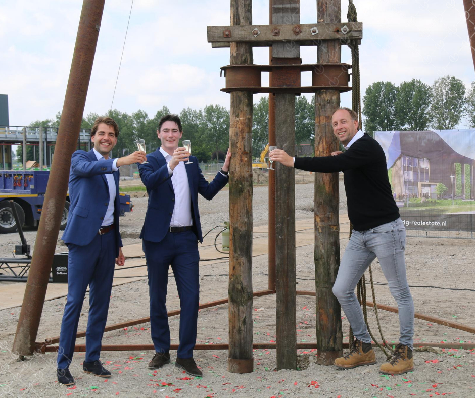 First pile in the ground for VDG Warehouse Schiphol II